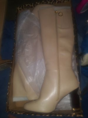 River Island knee high boots for Sale in Las Vegas, NV
