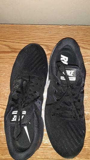 Women Nike running shoe for Sale in Washington, IA