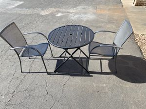Patio furniture table and chairs for Sale in Tucson, AZ