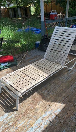 POOL SUN CHAIR for Sale in Lynnwood, WA