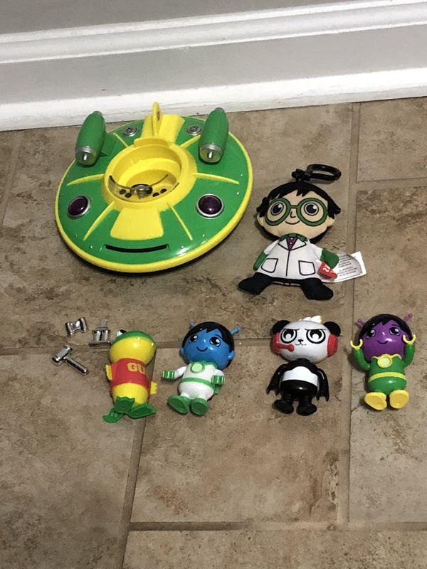 Ryan's world toys lot