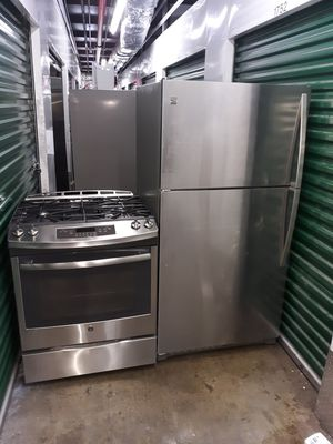 Combo stufa and refrigerator stainless stil 32inch open box for Sale in Fort Lee, NJ