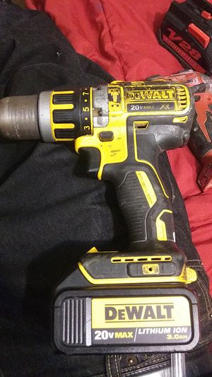 DeWALT power drill / battery for Sale in Pomona, CA