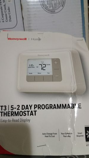 Honeywell thermostat for Sale in Clovis, CA