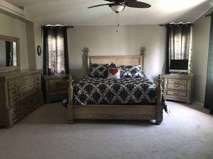 Bedroom Set for Sale in Fontana, CA
