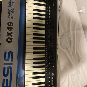 Alesis QX49 Keyboard for Sale in Lynnwood, WA