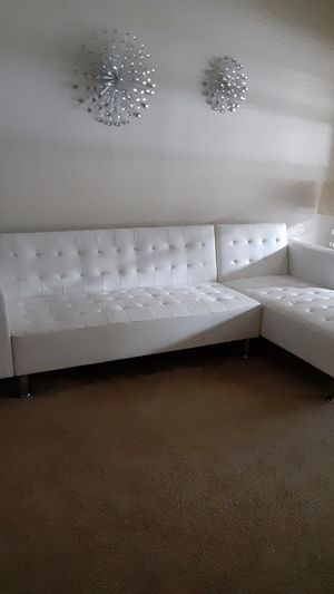 White leather sectional couch for Sale in Houston, TX