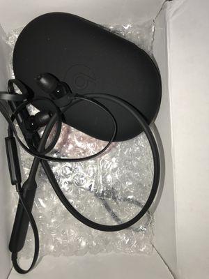 Apple beastsx Bluetooth earphones for Sale in Saint Cloud, FL