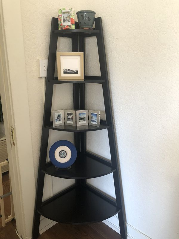 Black Ladder Shelf
