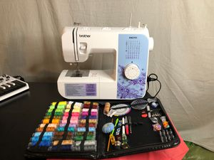 Brand New Sewing Machine with kit for Sale in Everett, WA