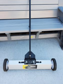 Rovsun Magnetic Sweeper for Sale in San Leandro,  CA