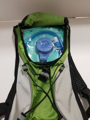 Hydration Pack Backpack 2L Bladder Green for Sale in West Palm Beach, FL