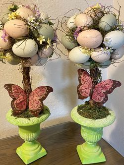 """Pair of 20"""" tall Spring/Easter Egg Topiaries! 🐣 🦋 for Sale in Las Vegas,  NV"""