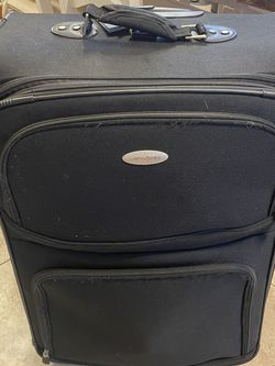 Large R Softside Expandable Suitcase / Baggage for Sale in Fort Lauderdale,  FL