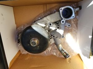 Used GMC Yukon XL Water Pump for Sale in Palmdale, CA