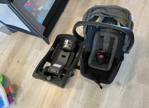 Even Flow Car Seat + Base for Sale in Naval Air Station Point Mugu, CA
