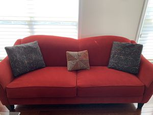 Sofa, table, lamps 50% discount, everything needs to go for Sale in Leesburg, VA