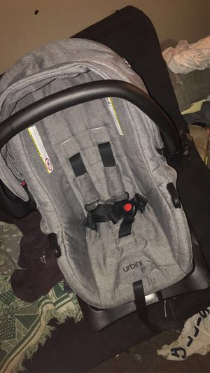 Urbini baby car seat for Sale in Wilmore, KY