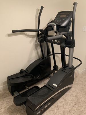 Clean and good brand TRUE elliptical 650$ for Sale in St. Louis, MO
