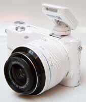Samsung NZ2000 (20-50mm) Digital Smart Camera for Sale in The Bronx, NY