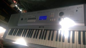 YAMAHA PORTABLE PIANO for Sale in Whittier, CA