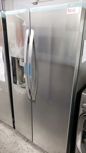 LG Fridge 26.2 cu. ft. Side by Side Refrigerator Same day or next day delivery available for Sale in Long Beach, CA