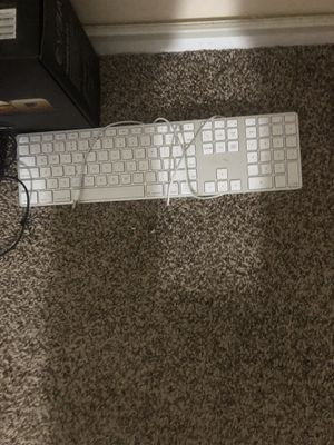 Apple wire keyboard for Sale in Chicago, IL