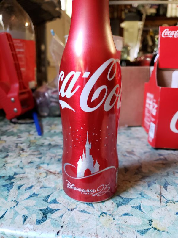 Disneyland Paris France 25th Coca-Cola bottle (last one)