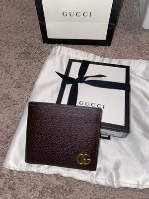 Mens Gucci wallet for Sale in Vancouver, WA