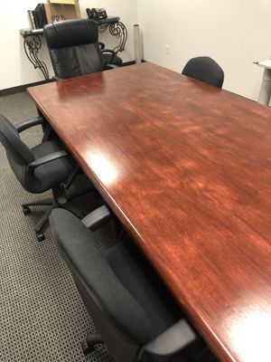 Like new conference table for Sale in Dallas, TX