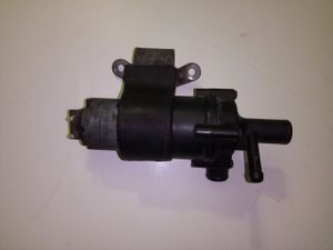 Mercedes Benz Electric Auxiliary Water Pump (Part # 0392020029) for sale for Sale in Los Angeles, CA
