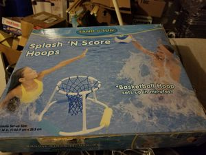 Splash n score pool hoop game for Sale in Frederick, MD