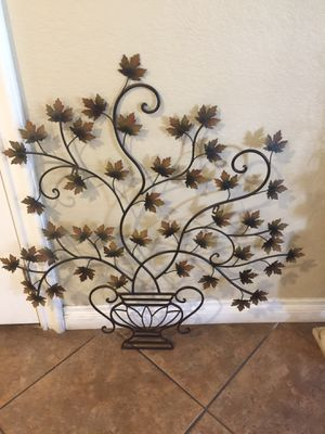 Large metal wall decor. for Sale in Los Angeles, CA