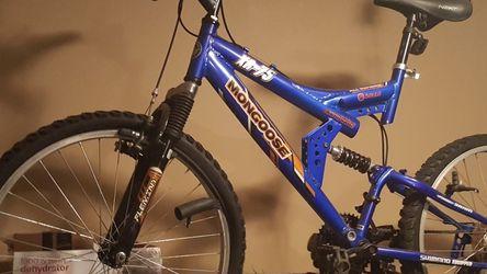 Mountain Bike! for Sale in Snellville,  GA