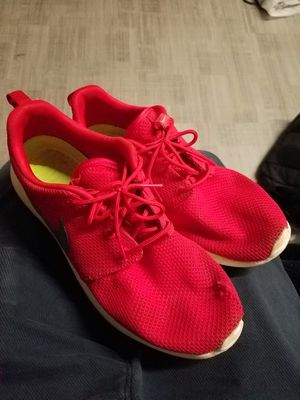 Nike Roshe Runs sz 8.5 for Sale in St. Louis, MO