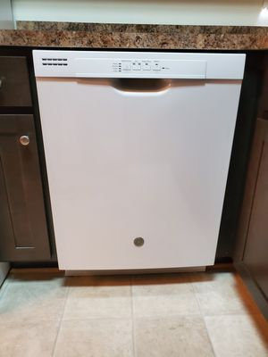 Dishwasher with front controls for Sale in Ashburn, VA