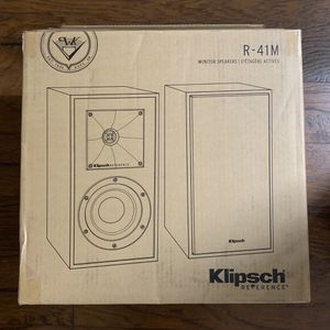 Klipsch R-41M bookshelf speakers 2-pack for Sale in Porterville, CA