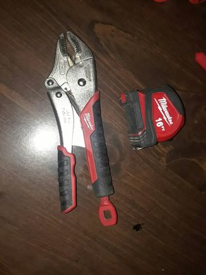 Milwaukee torque lock wrench and 16' tape measure for Sale in Glendale, AZ
