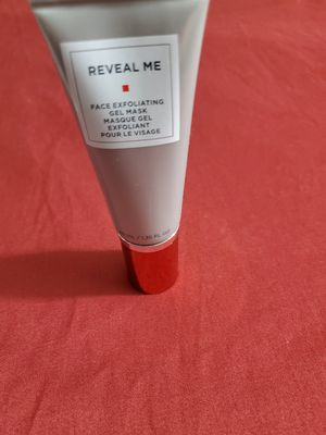 Reveal Me Face Exfoliating Gel Mask for Sale in Los Angeles, CA