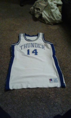 Thunders jersey for Sale in Los Angeles, CA