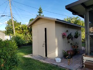 Beautiful nice outdoor shed for Sale in Pembroke Pines, FL