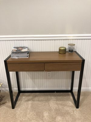 Table/desk for Sale in Burien, WA