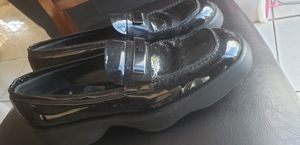 AUTHENTIC GUCCI VINTAGE SHOES SIZE 7 for Sale in Palmdale, CA