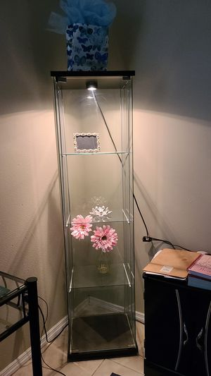 Glass shelve for Sale in TWN N CNTRY, FL