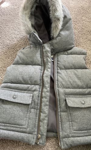 Janie and Jack size 2t boys grey vest with faux fur for Sale in Kirkland, WA