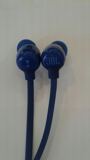 JBL Bluetooth earbuds for Sale in Baltimore, MD