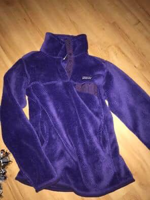 Small adult Patagonia jacket for Sale in Cleveland, OH