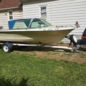 19 ft.Aristo..120 hp Gm/merc. for Sale in Wyandotte, MI