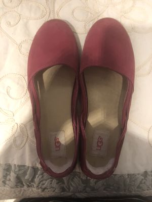 UGG Shoes size 8 1/2 for Sale in Phoenix, AZ