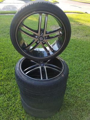 """20"""" Black and Gold Rims for Sale in Houston, TX"""
